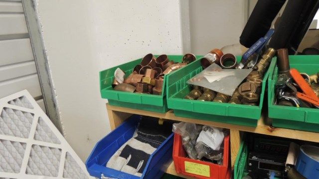 Work Bench - Image 9 of 10