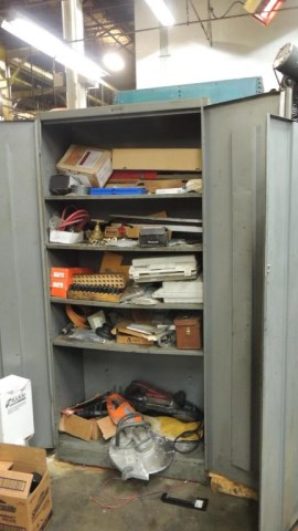 Cabinets - Image 2 of 25