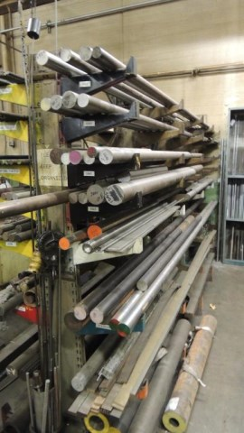 Cantilever Racks - Image 5 of 8