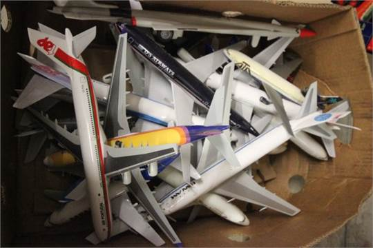 Sixteen Model Airliners including Herpa and a Force 1 Rocket Model