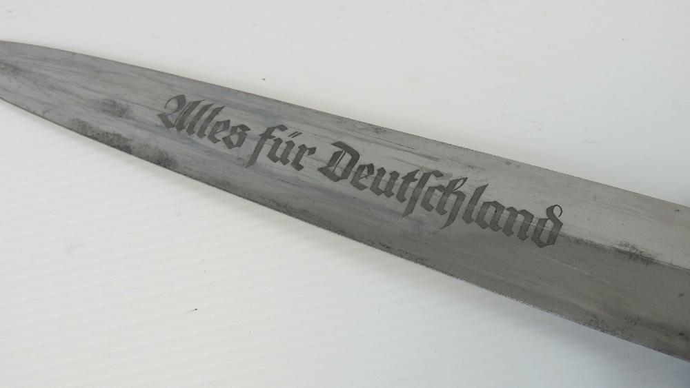 Lot 10 - A WWII German SA Officers dagger, engrav