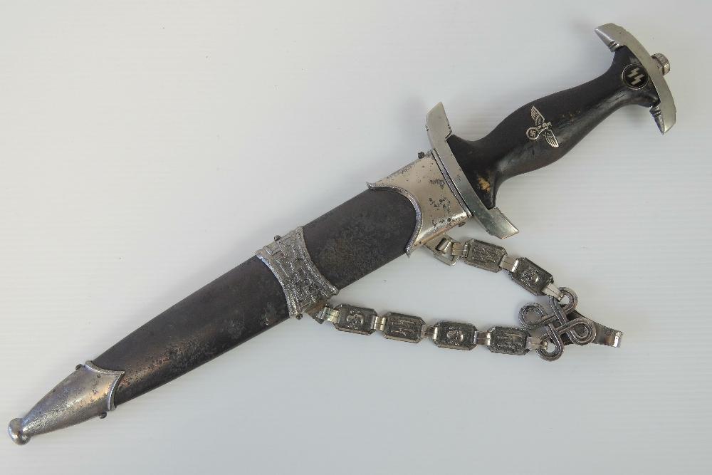 Lot 123 - A rare WWII Norwegian SS Officers dagger