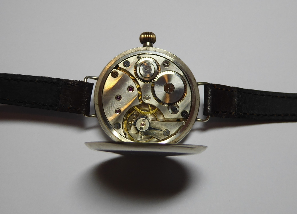 "A WW1 British Military """"Trench"""" watch. 3 - Image 4 of 5"