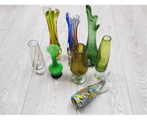 MISCELLANEOUS STUDIO GLASS TO INCLUDE CAITHNESS CZECH AND ITALIAN GLASS ETC