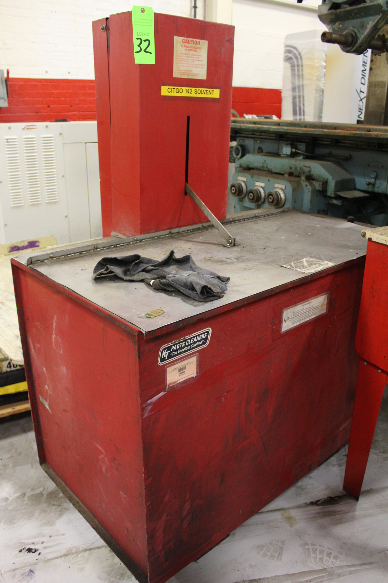 Lot 32 - KT Parts Cleaners Parts Washer