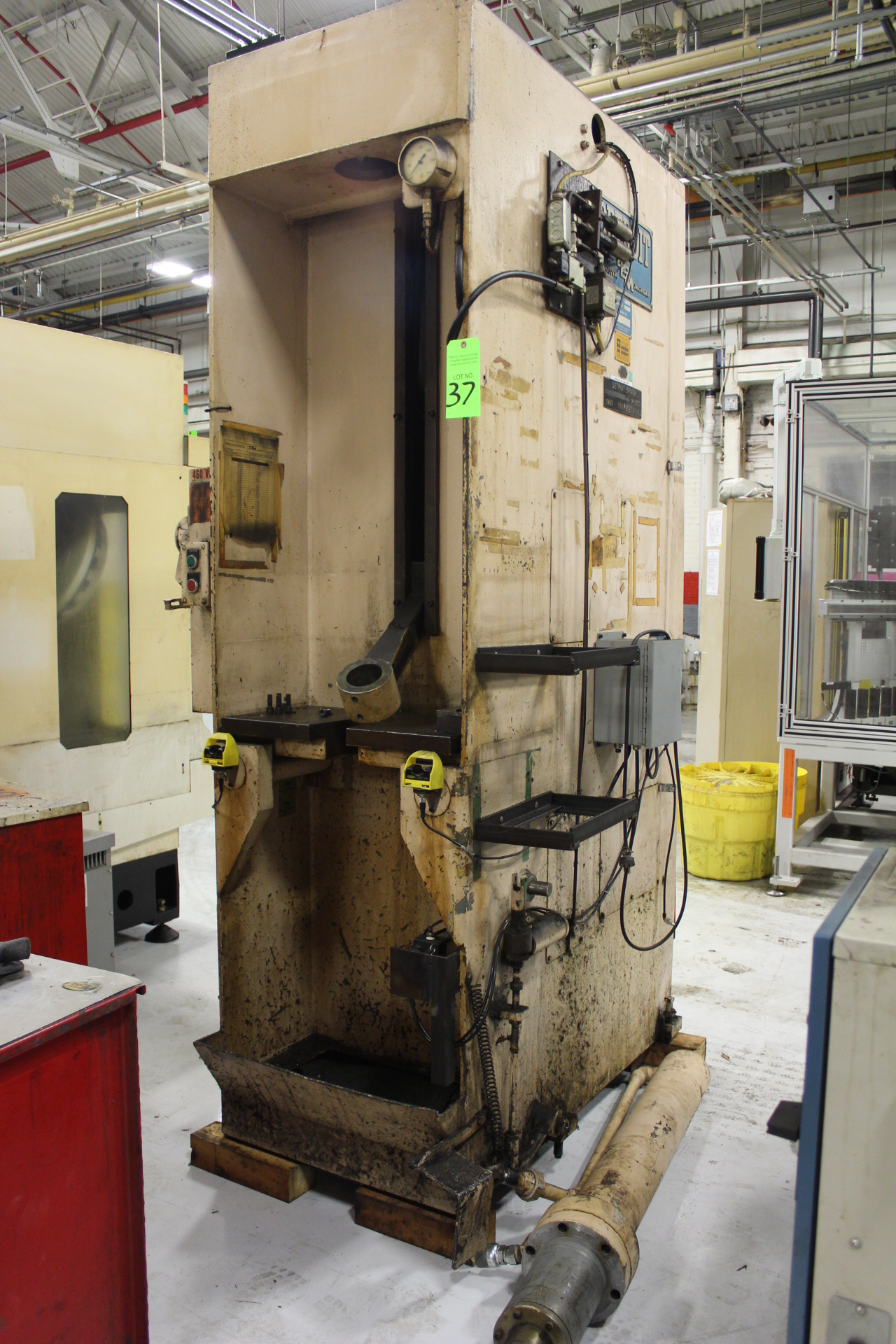 Lot 37 - Detroit Broach Model SPP Vertical Hydraulic Broach