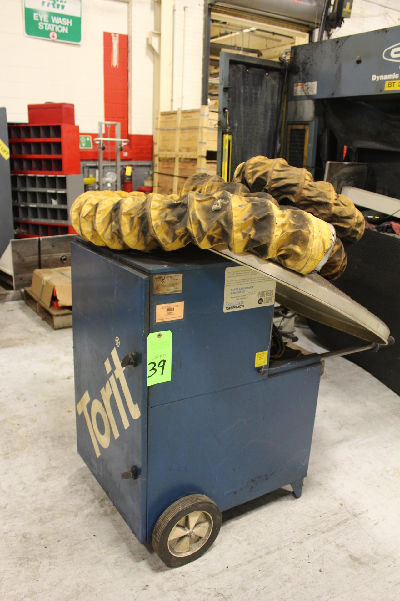 Lot 39 - Torit Trunk Line Porta-Trunk Portable Fume Exhaust Unit