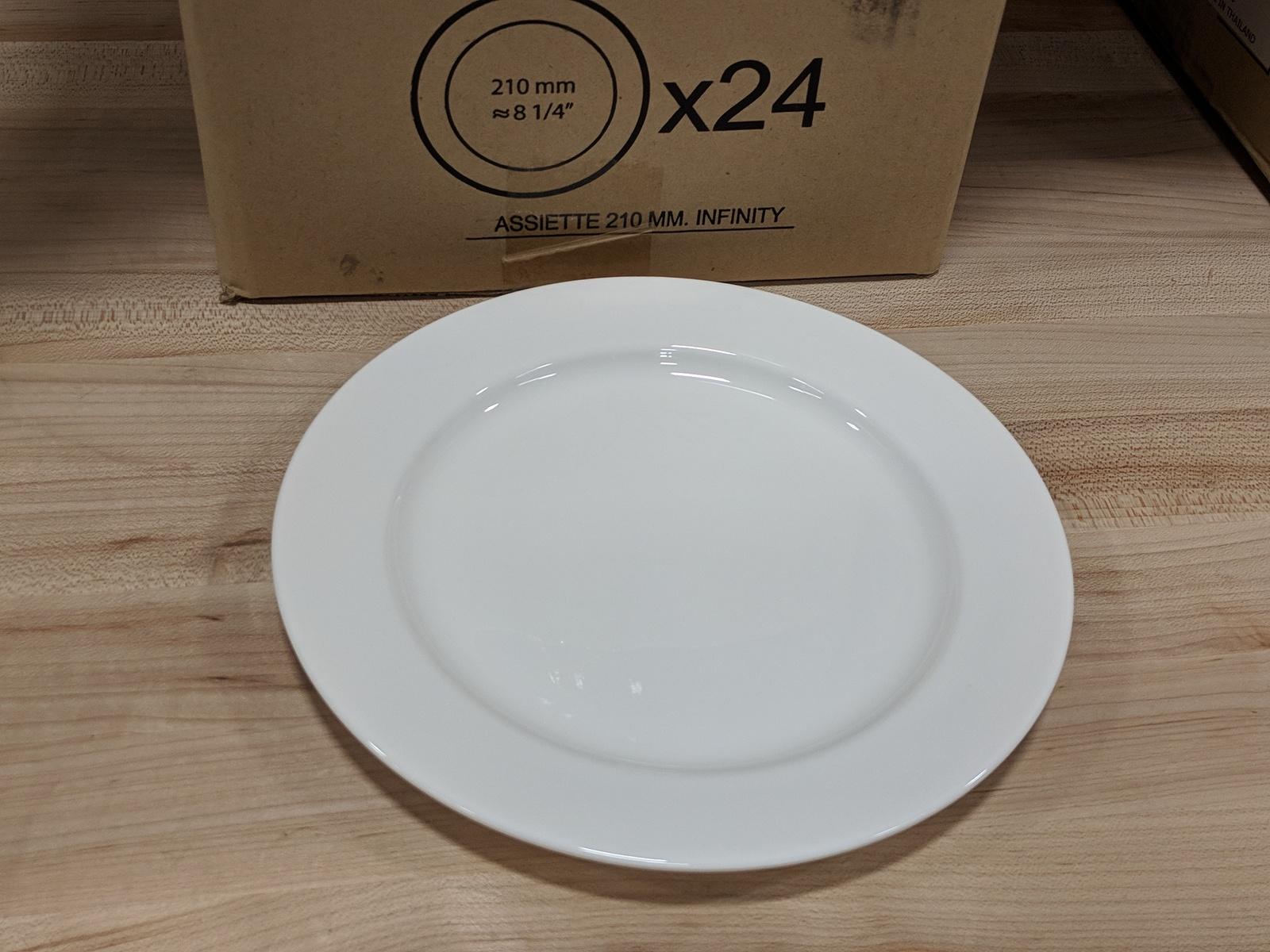 "Lot 28 - 8-1/4"" Infinity Salad/Dessert Plates - Lot of 24 (1 Case), Arcoroc R1004"