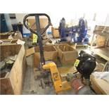 (1) Uline H-1366 Hydraulic Pallet Jack, 5500# | Rig Fee: $25 or HC