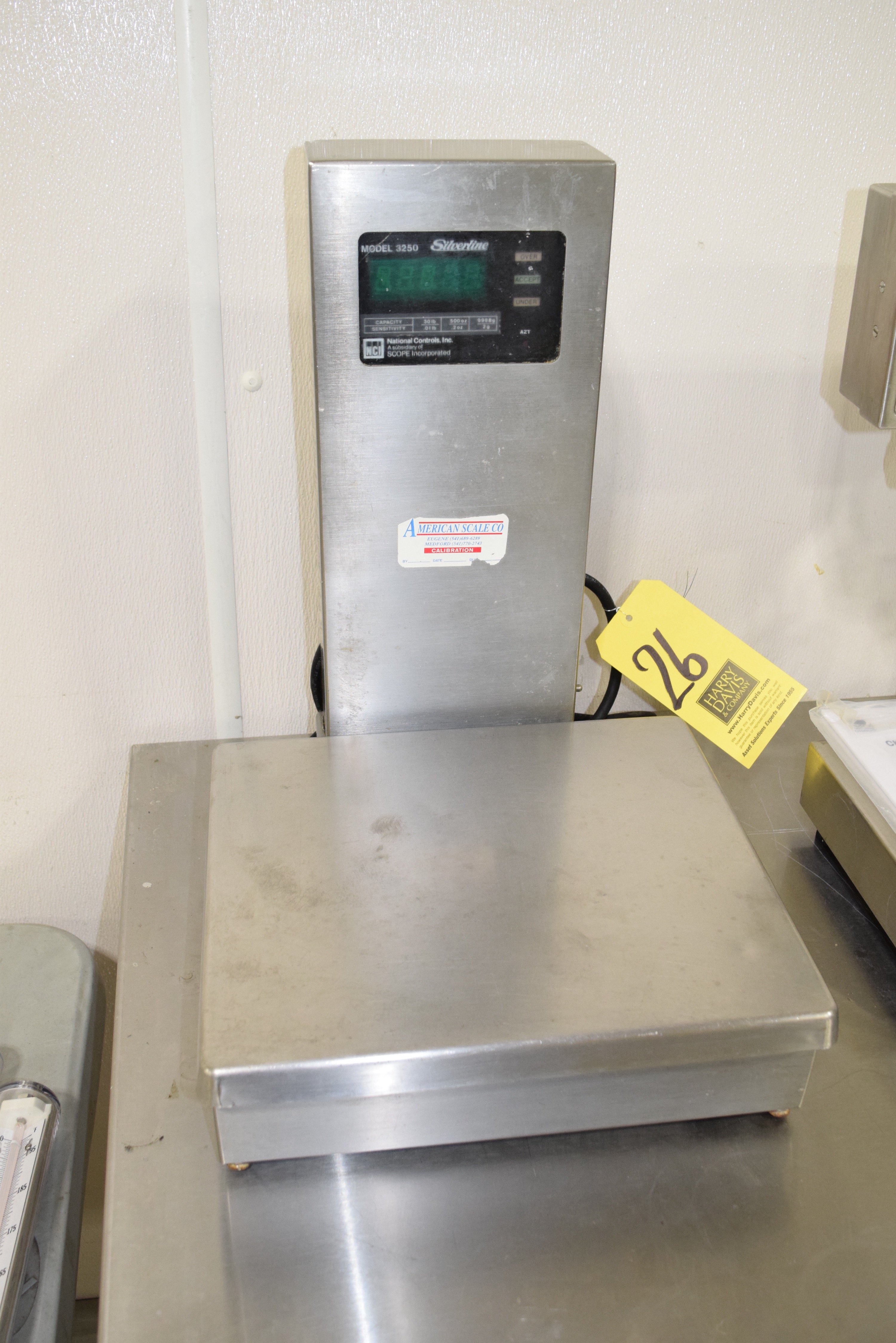 Lot 26 - Silverline, 30 LB Capacity S/S Digital Scale, Model: 3250 **Rigging Fee $40
