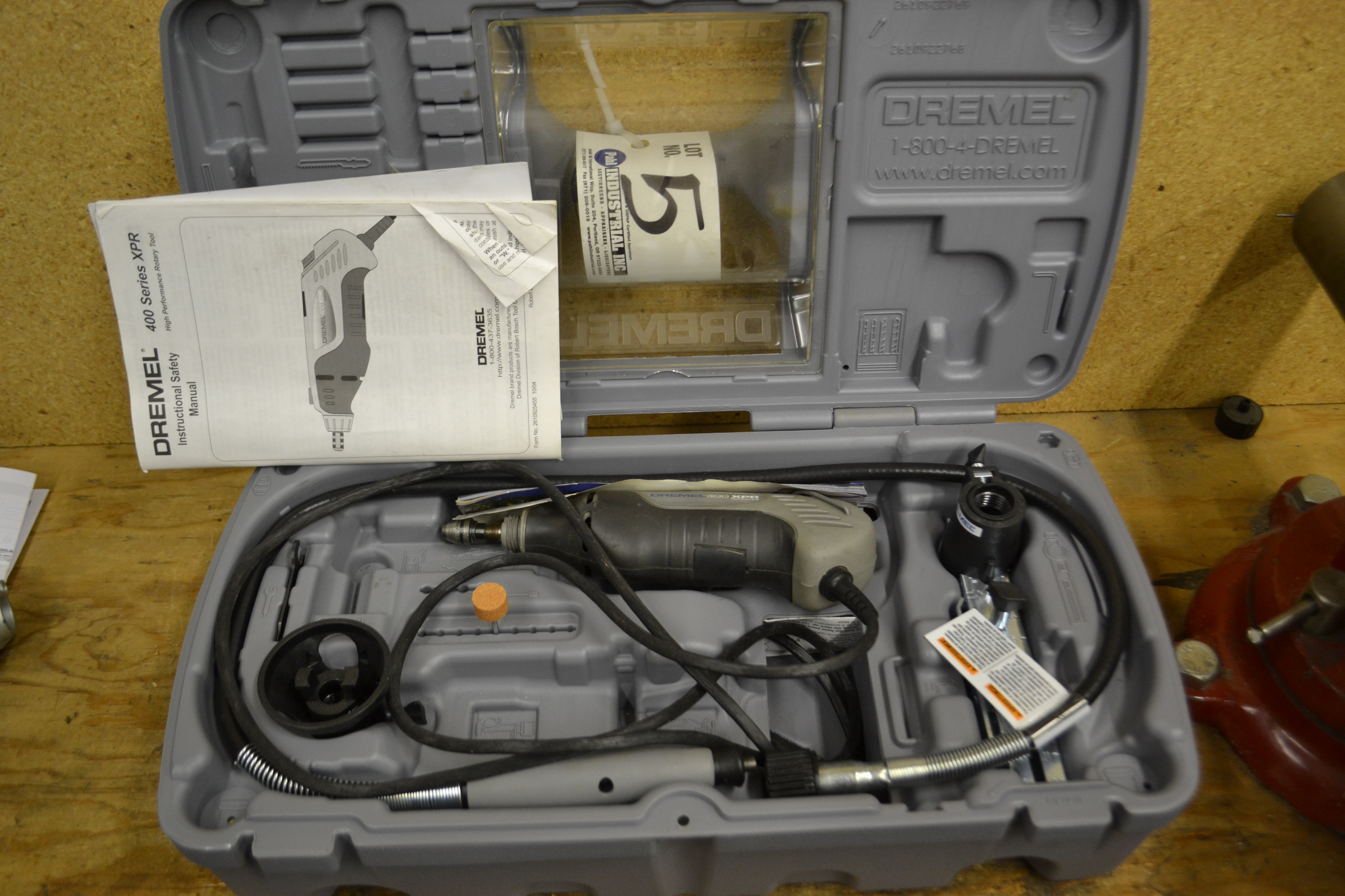Dremel 400 Series XPR High Performance Rotary Tool c/w Box and Attachments