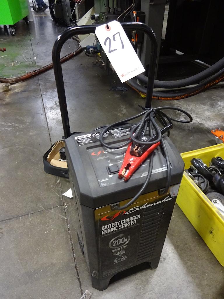 Lot 27 - Schumacher Battery Charger / Engine Starter