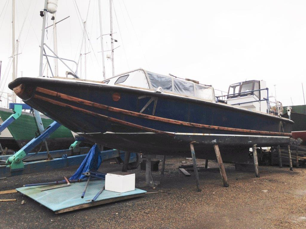 Lot 1 - HISTORIC BOAT