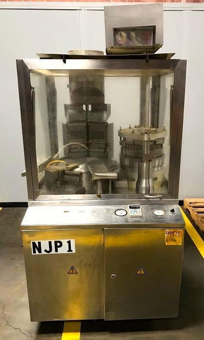 Lot 100 - Capsule Filling Machine