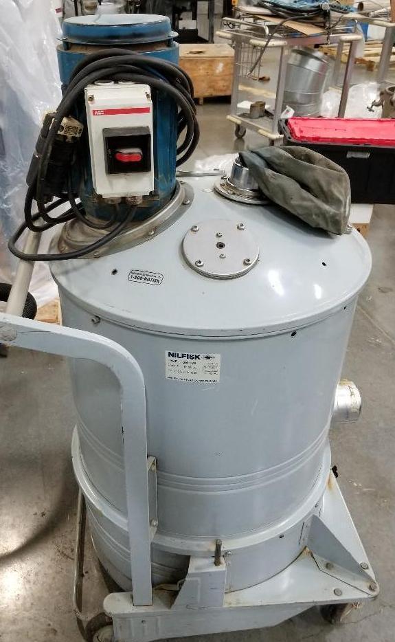 Lot 330 - Nilfisk Dust Collector