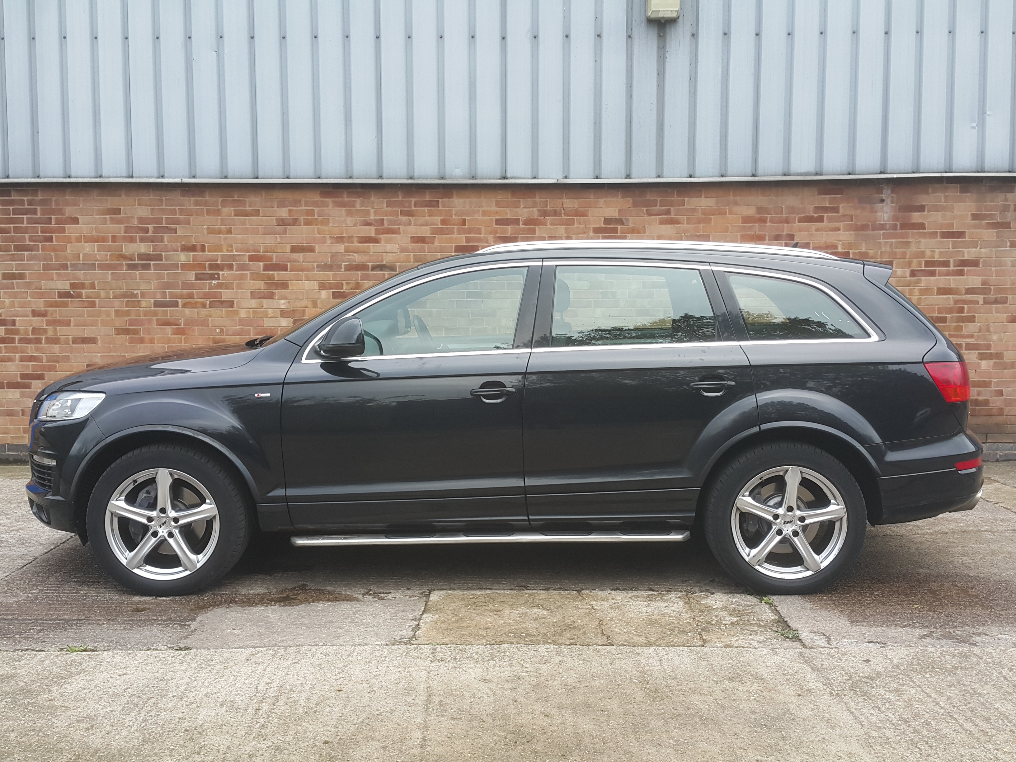 audi q7 s line tdi quattro 4x4 auto diesel 125000 miles 7 bp no vat very high spec 7. Black Bedroom Furniture Sets. Home Design Ideas