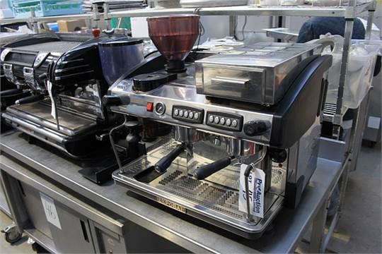 Expobar Elegance Two Group Coffee Machine With Integral