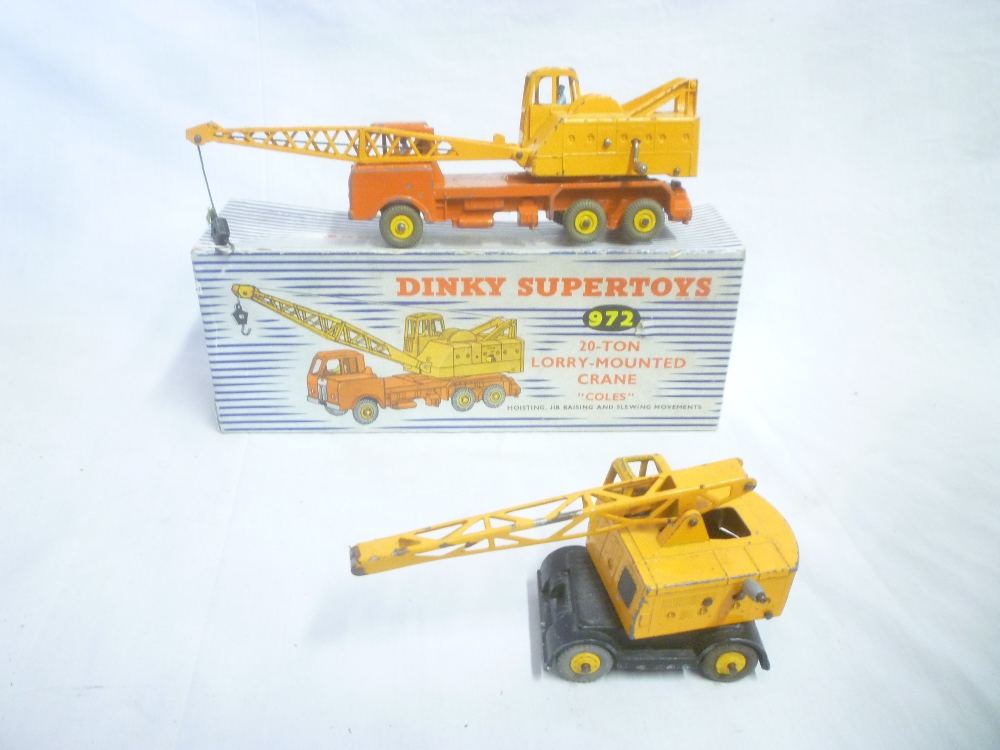 Lot 722 - Dinky Supertoys - 972 20-ton lorry mounted crane in original box and an unboxed Dinky Coles mobile
