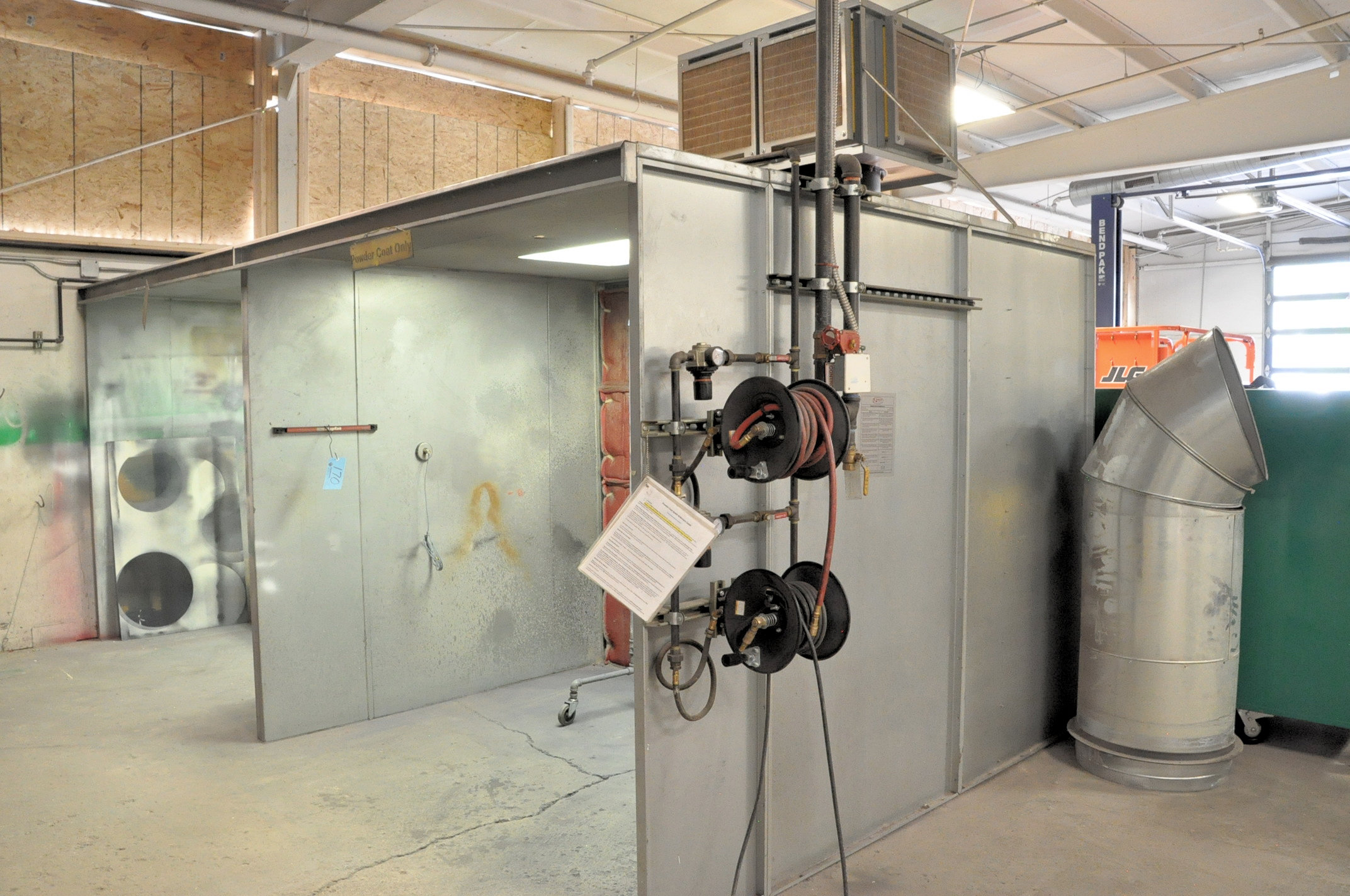 Eastwood Powder Coat Booth with Booth Mounted Filtered Exhaust Blower Air System, 8' x 7' x 6.5' - Image 3 of 3