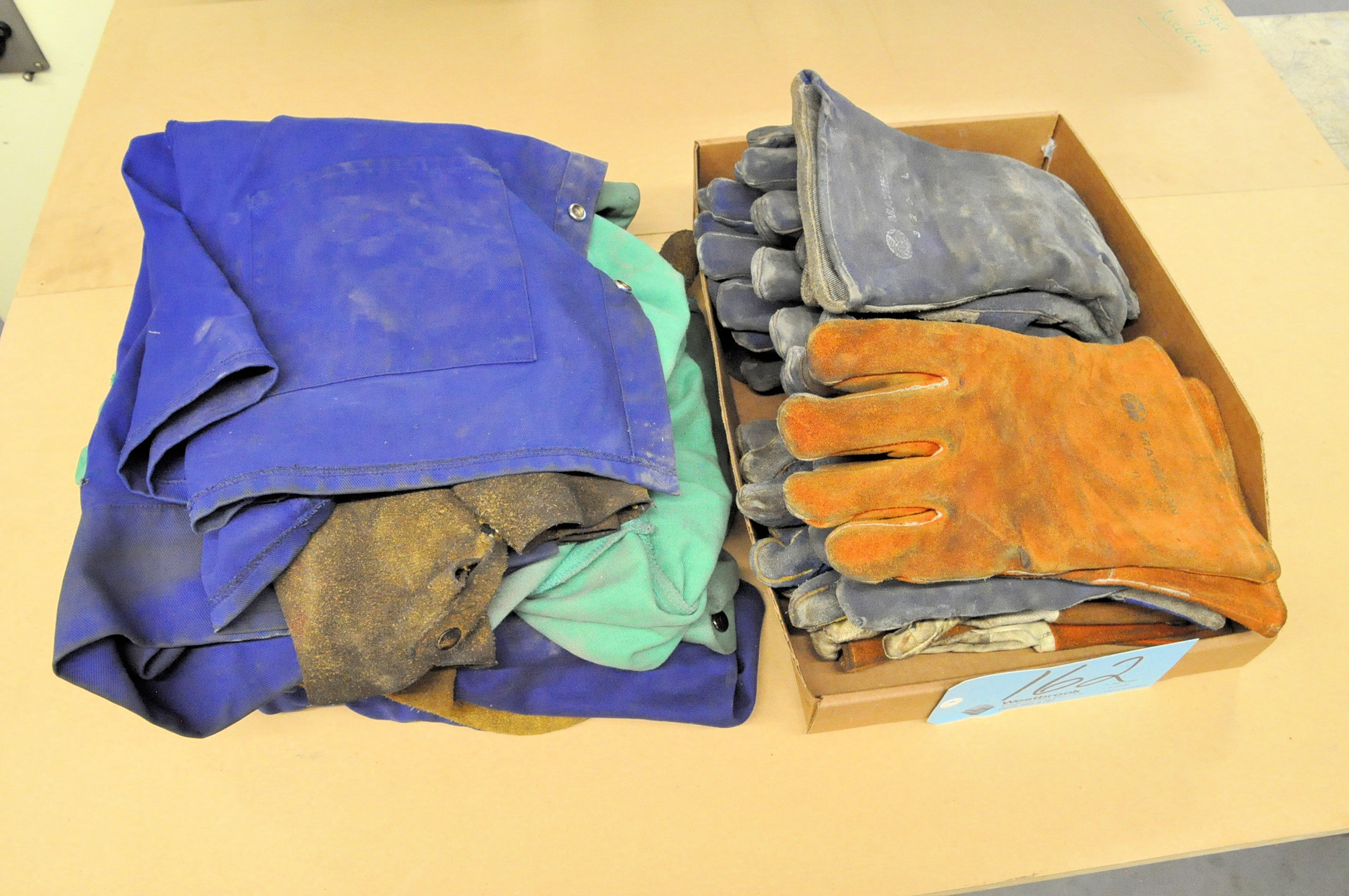 Lot-Welding Apparel and Gloves