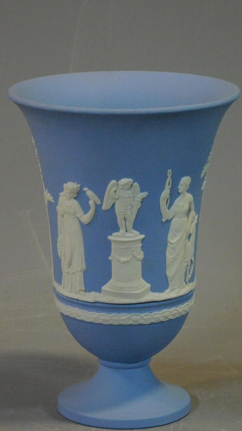 A miscellaneous collection of ceramics to include Jasperware and Carltonware. H.26 (tallest) - Image 7 of 12