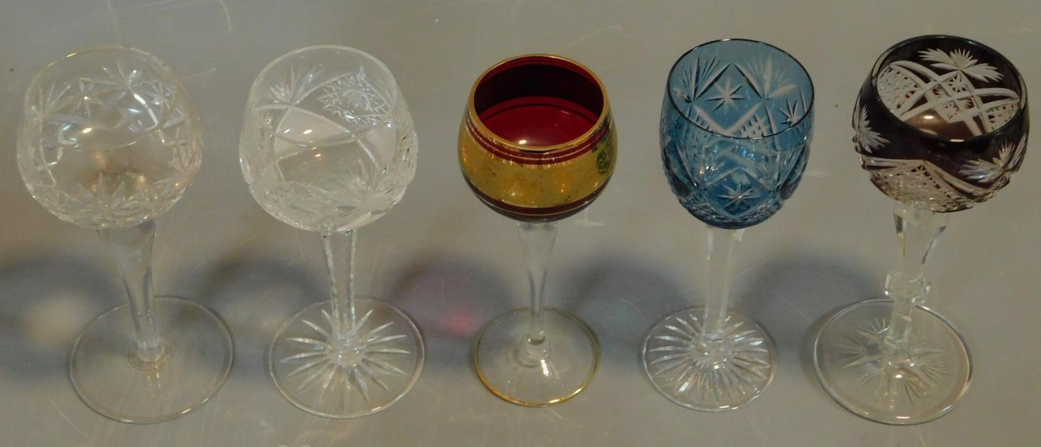 A vintage painted decorated dessert set and a collection of miscellaneous glass items. - Image 6 of 7