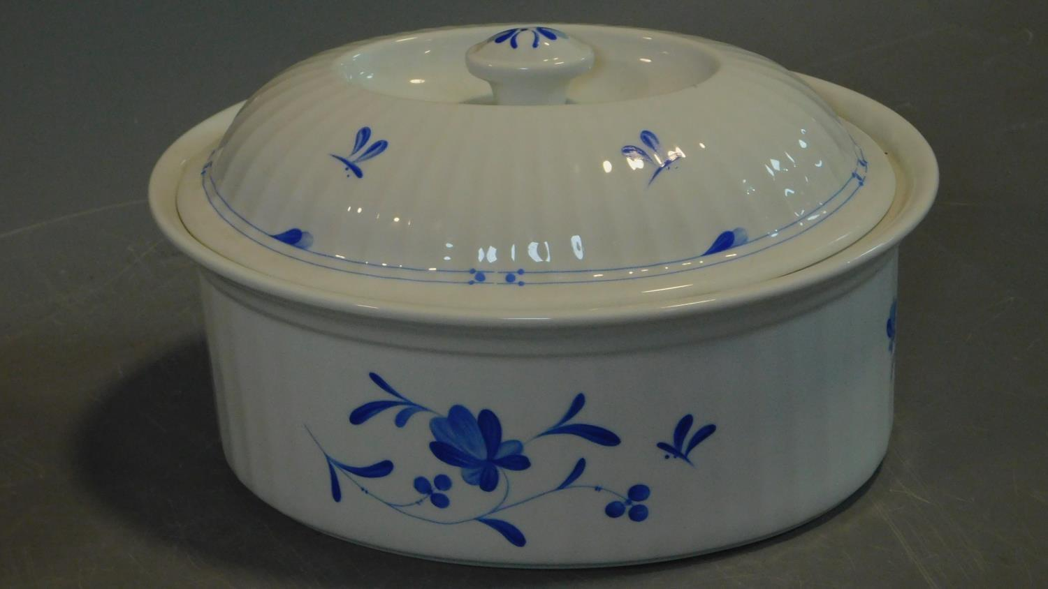 A le Creuset stove kettle, (wear to enamel on base) a cast iron enamelled lidded pot, a blue and - Image 3 of 7