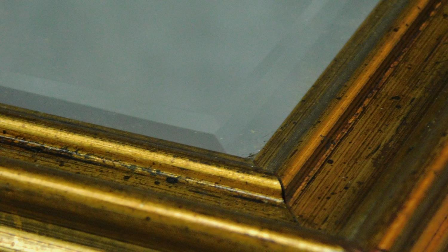 A rectangular gilt framed mirror with bevelled plate. 84x109 - Image 3 of 4