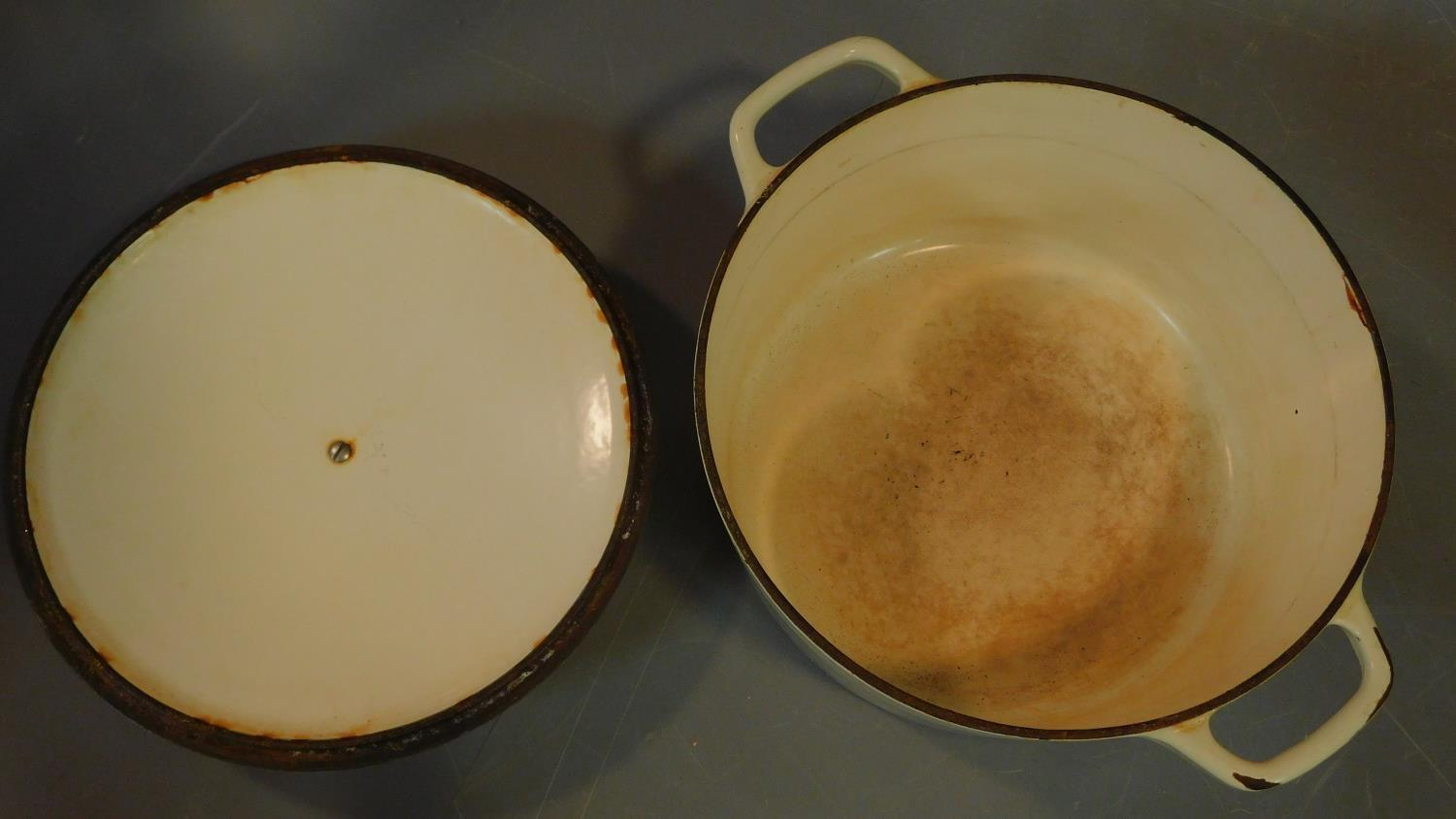 A le Creuset stove kettle, (wear to enamel on base) a cast iron enamelled lidded pot, a blue and - Image 6 of 7