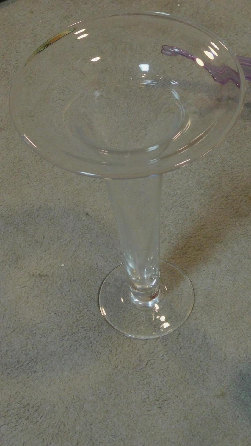 An Art glass bowl, two glass vases and a large ceramic platter. H.44cm (tallest) - Image 3 of 6