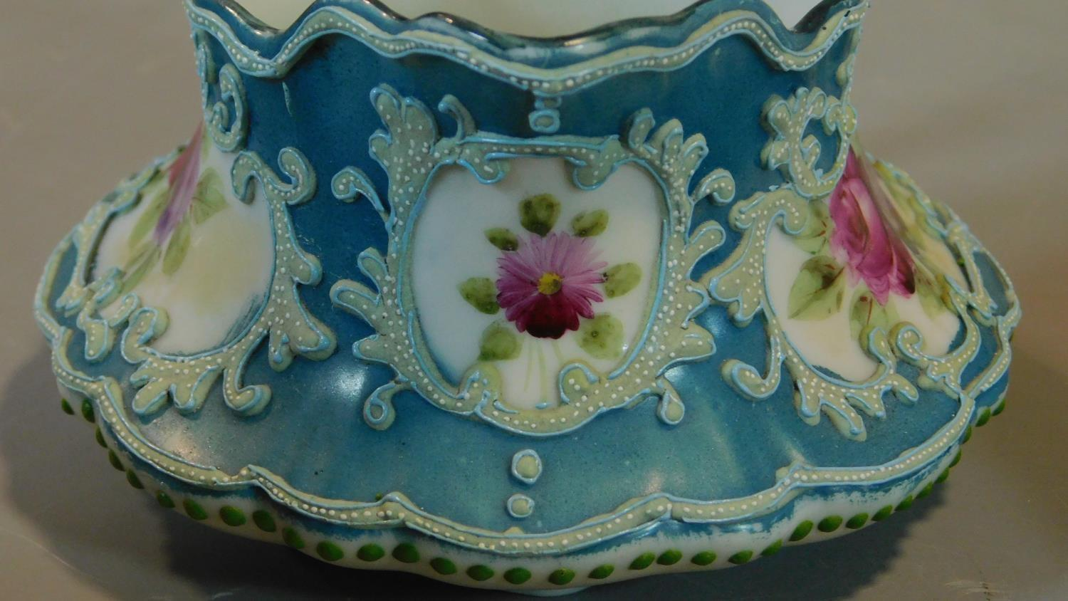 A miscellaneous collection of Victorian and later porcelain, vase, cups, saucers etc. - Image 6 of 14