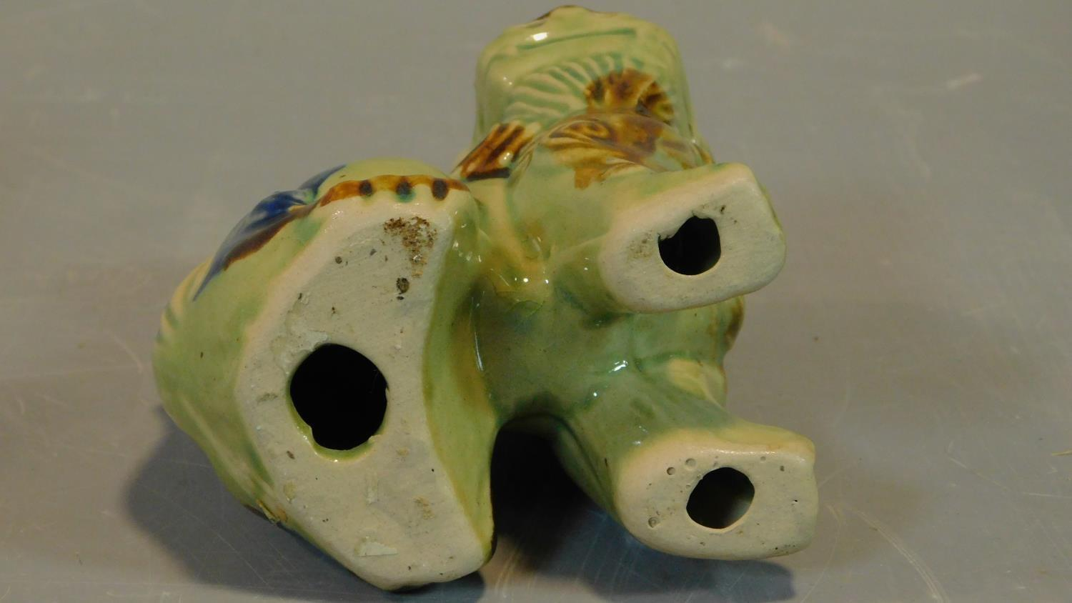 A pair of Chinese ceramic Fo dogs. H.14cm - Image 4 of 4