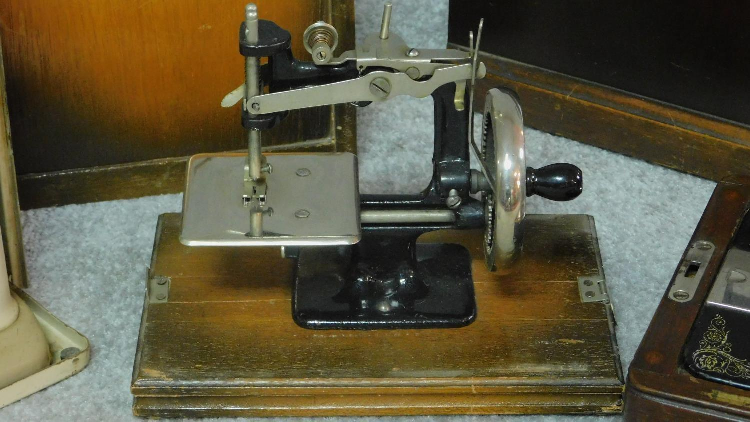 Three miscellaneous sewing machines. - Image 3 of 7
