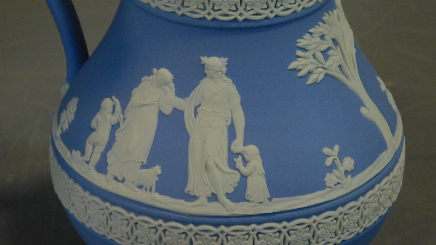 A miscellaneous collection of ceramics to include Jasperware and Carltonware. H.26 (tallest) - Image 11 of 12