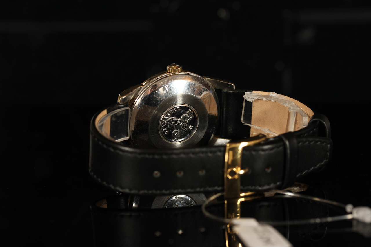 GENTLEMENS OMEGA SEAMASTER CALENDAR AUTOMATIC WRISTWATCH REF. 2849, circular black dial with gilt - Image 2 of 2