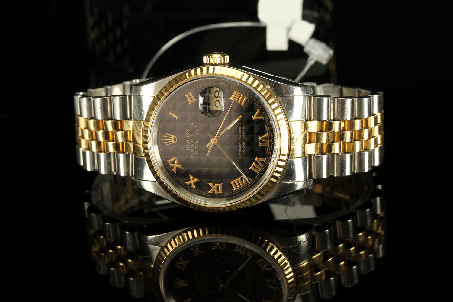 GENTLEMANS ROLEX DATEJUST MODEL 16233, SN X15.... , CIRCA 1991, round, black pyramid dial with - Image 2 of 2