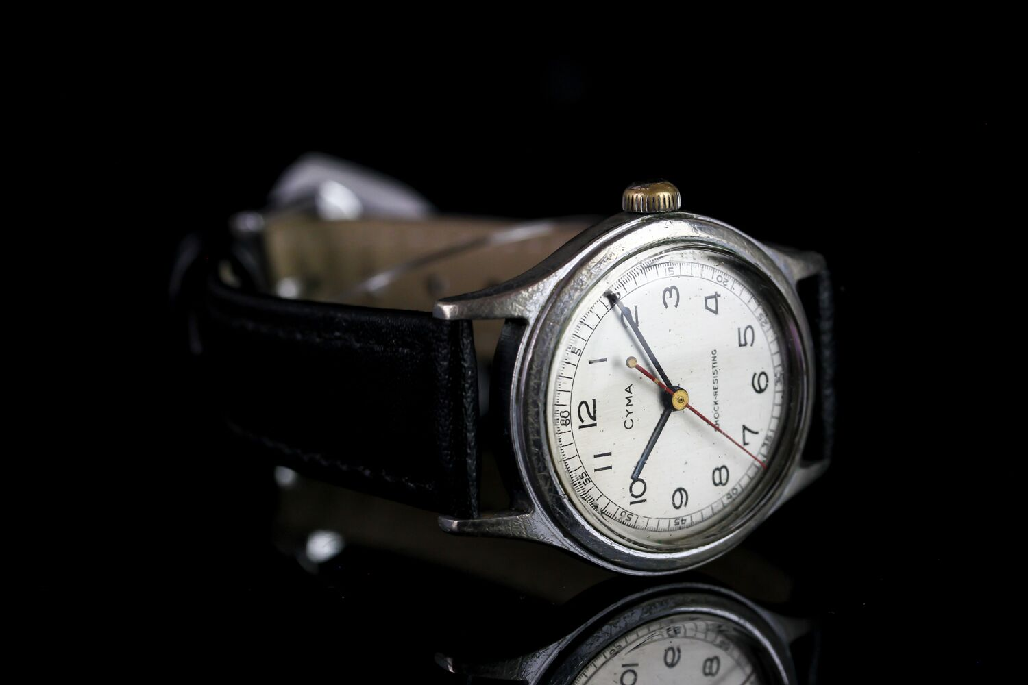 MID SIZE CYMA SHOCK RESISTING VINTAGE WRISTWATCH, circular brushed silver dial with black arabic - Image 2 of 3