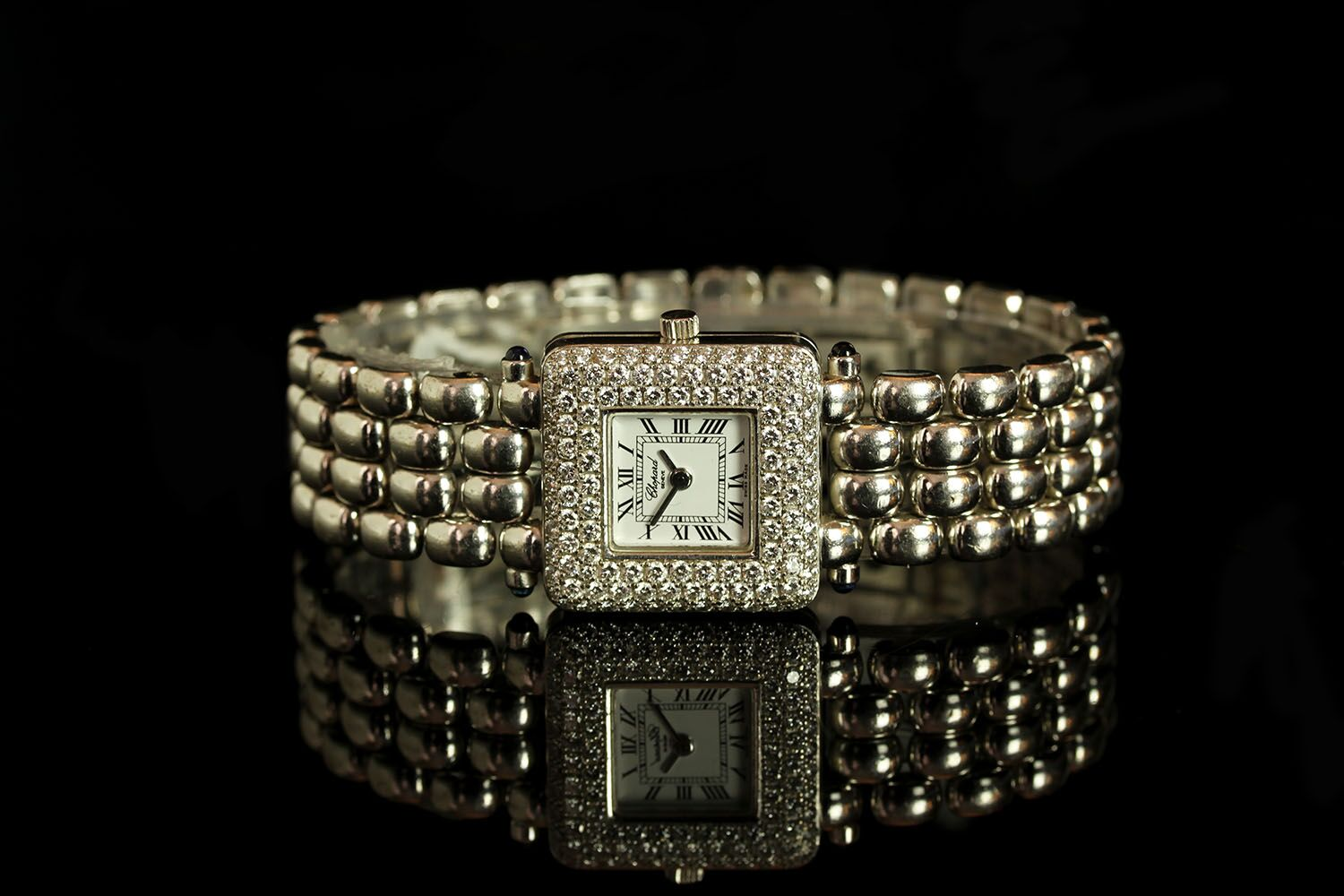 LADIES 18K WHITE GOLD HAPPY SPORT CLASSIC SQUARE DIAMOND BEZEL WATCH,507010,square, white dial
