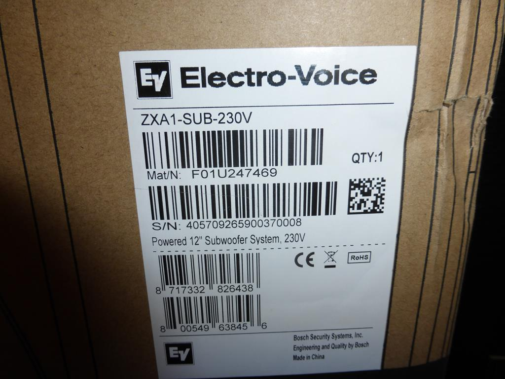 Lot 21 - * Electro-Voice ZXA1-Sub 700W 12'' powered Subwoofer Speaker, RRP £469