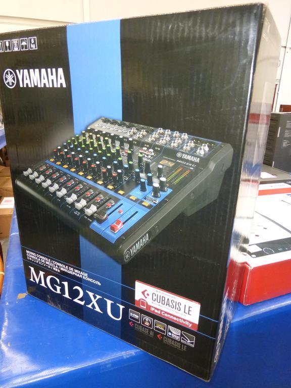 Lot 45 - * A Yamaha MG12XU Mixing Console (RRP £299)