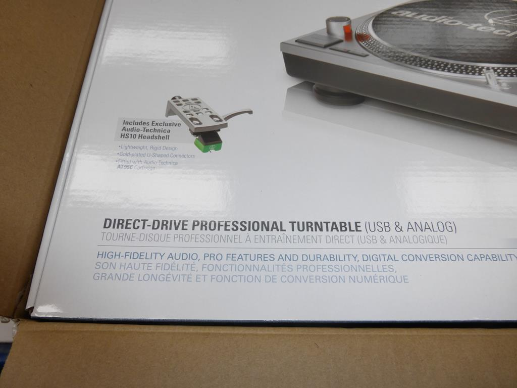 Lot 59 - * An Audio- Technica AT-LP120-USB Turntable (RRP £239)
