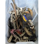 LOT OF CLAMPS: C, hand, quick grip (in one tub)