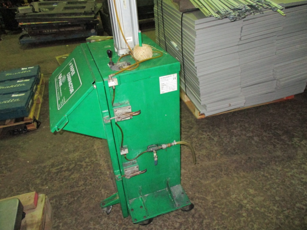 Lot 111 - UNIC PAPER COMPACTOR UNIT