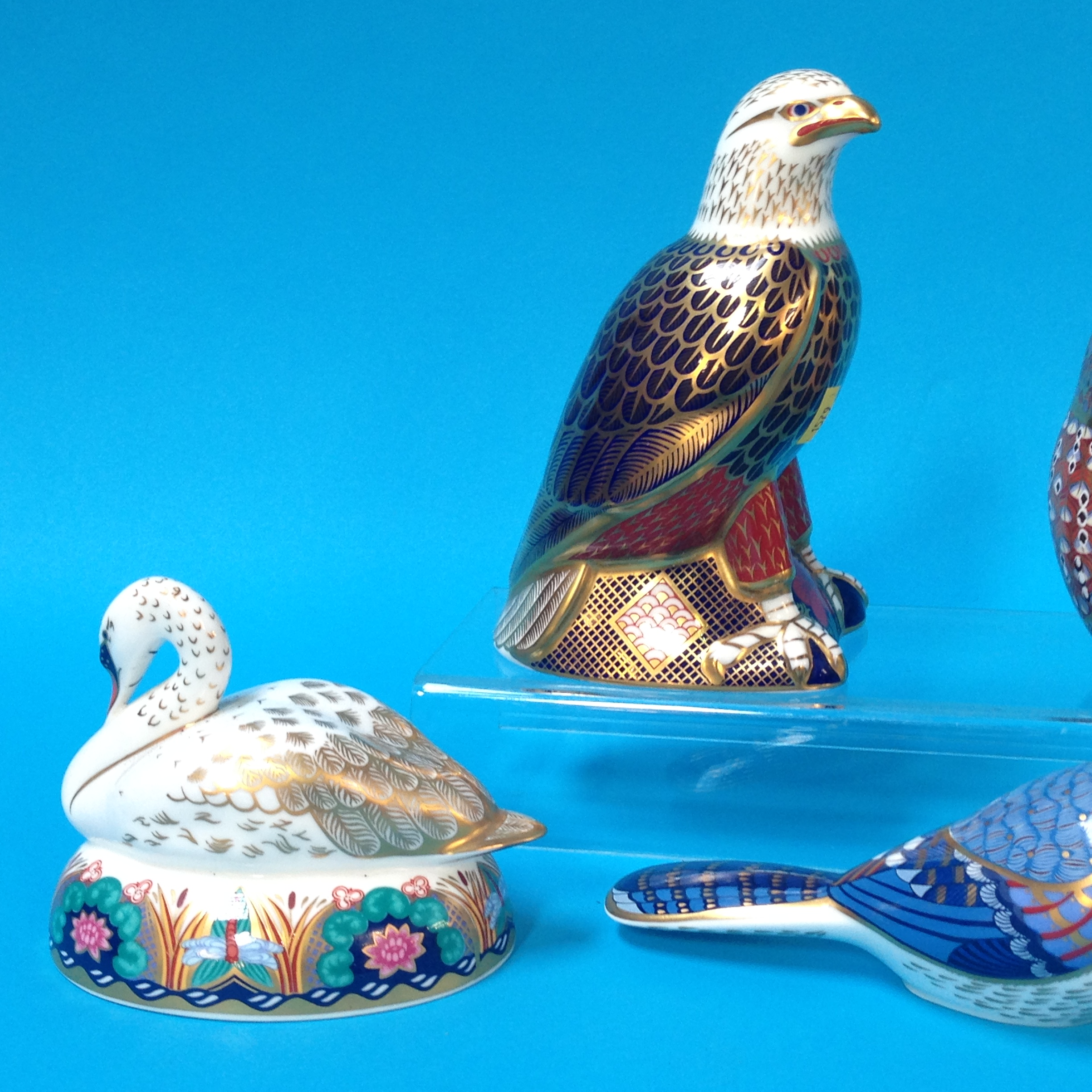 Lot 38 - Five Royal Crown Derby paperweights to include 'Ke