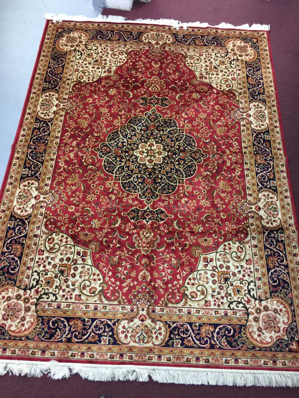 Lot 36 - @21st cent. Carpets: Keshan carpet, red ground. 2.80 x 2.00