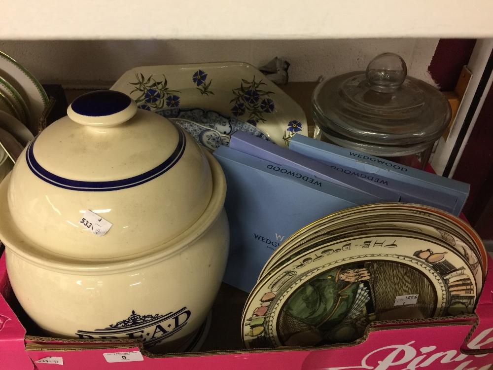 Lot 9 - 20th cent. Ceramics: Royal Doulton series ware, professional series plates, The Parson (D6280),