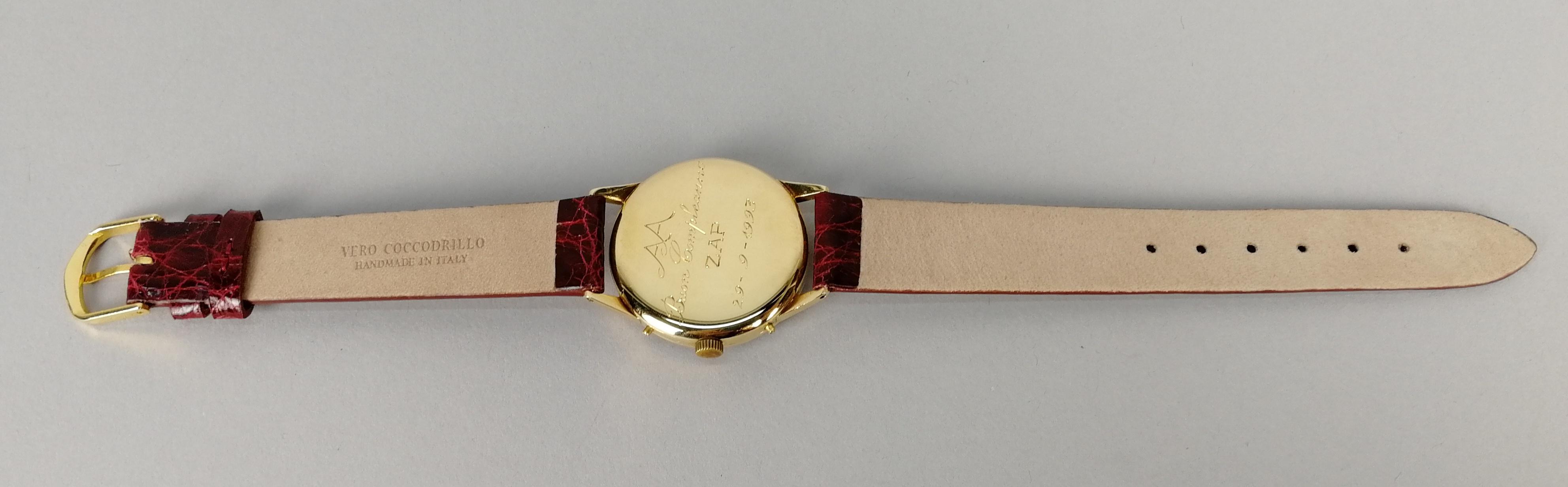 Lot 31 - MOVADO. Orologio da uomo in oro giallo 18 kt. a carica manuale, modello calendario completo.
