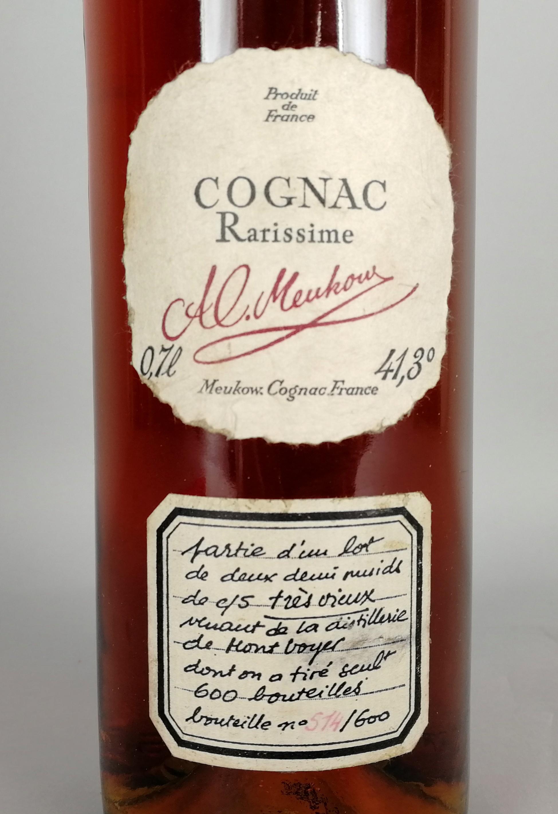 Lot 50 - Cognac MEUKOW - Rarissime. 'Tres vieux'. Esemplare 514/600. Tappo sigillato in ceralacca.