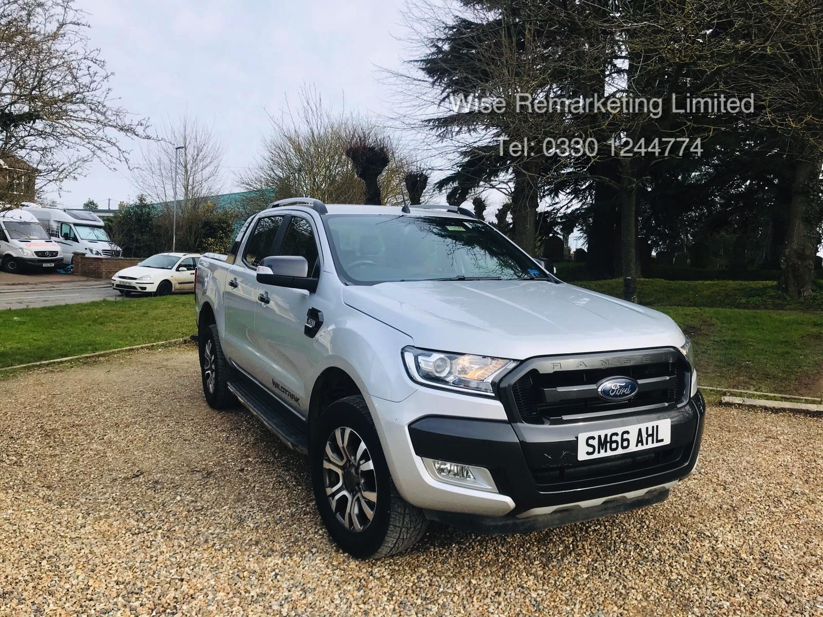 Ford Ranger 3.2 TDCI WILDTRAK - Auto - 2017 Model - 1 Former Keeper - 4x4 - TOP OF THE RANGE - Image 6 of 16