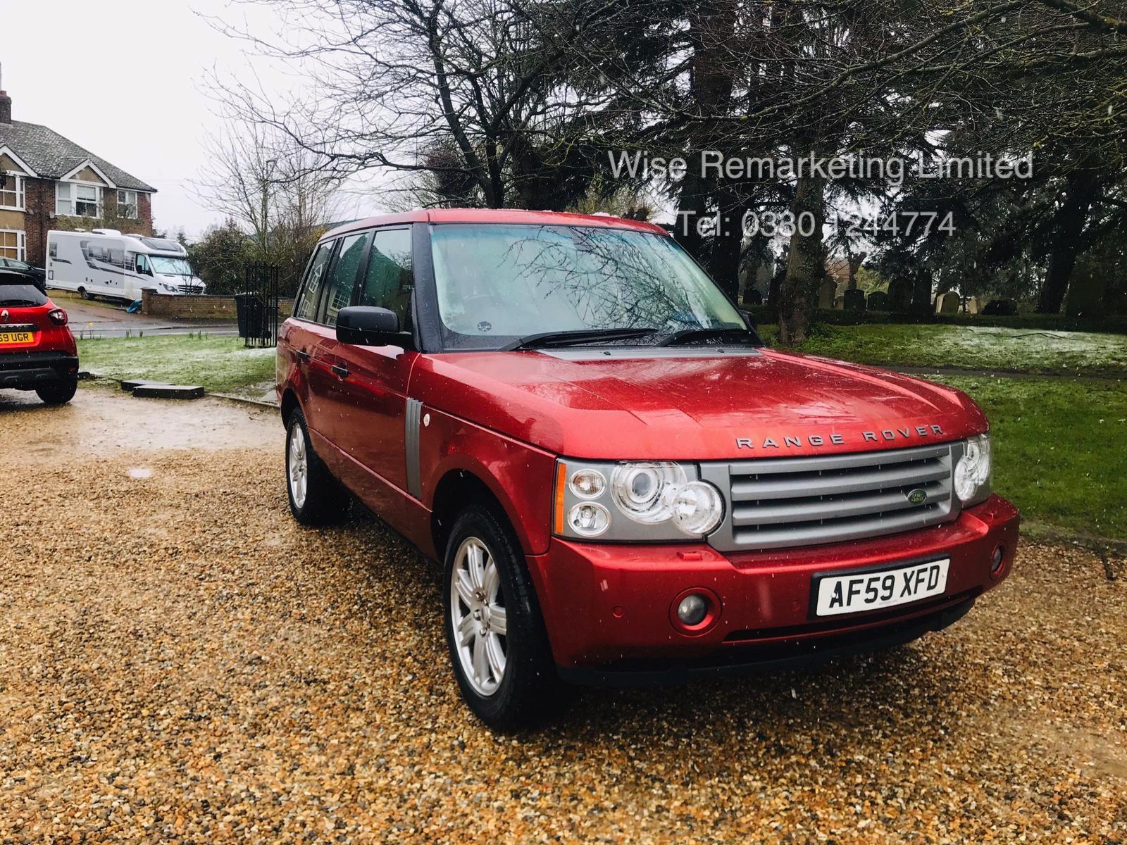 Range Rover Vogue 3.6 TDV8 HSE Auto - 2010 Model - Cream Leather - Service History - - Image 2 of 28